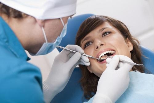 متخصص ترمیم و زیبایی دندان تهران چه ویژگی داشته باشد